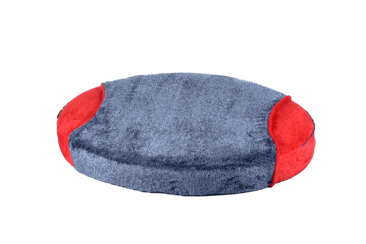 Cuscino ovale con coperta per cani